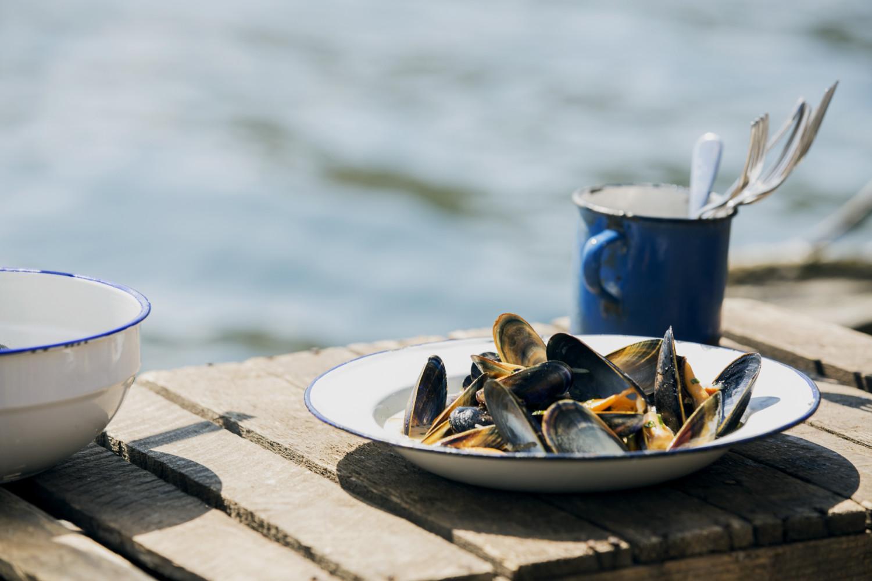 - Inverlussa Mussels - Emli Bendixen
