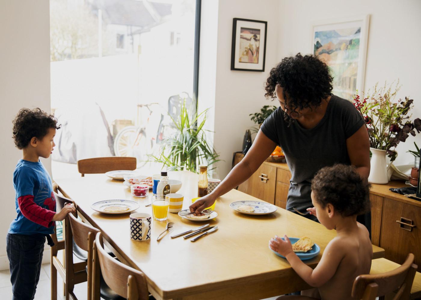 - Modern families - Emli Bendixen