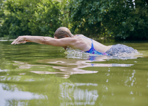- Wild swimming - Emli Bendixen