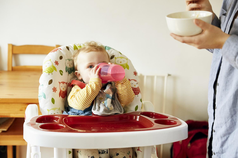 North (11 months) and mum Lorna photographed at home in Bristol - Wonder Words - Emli Bendixen